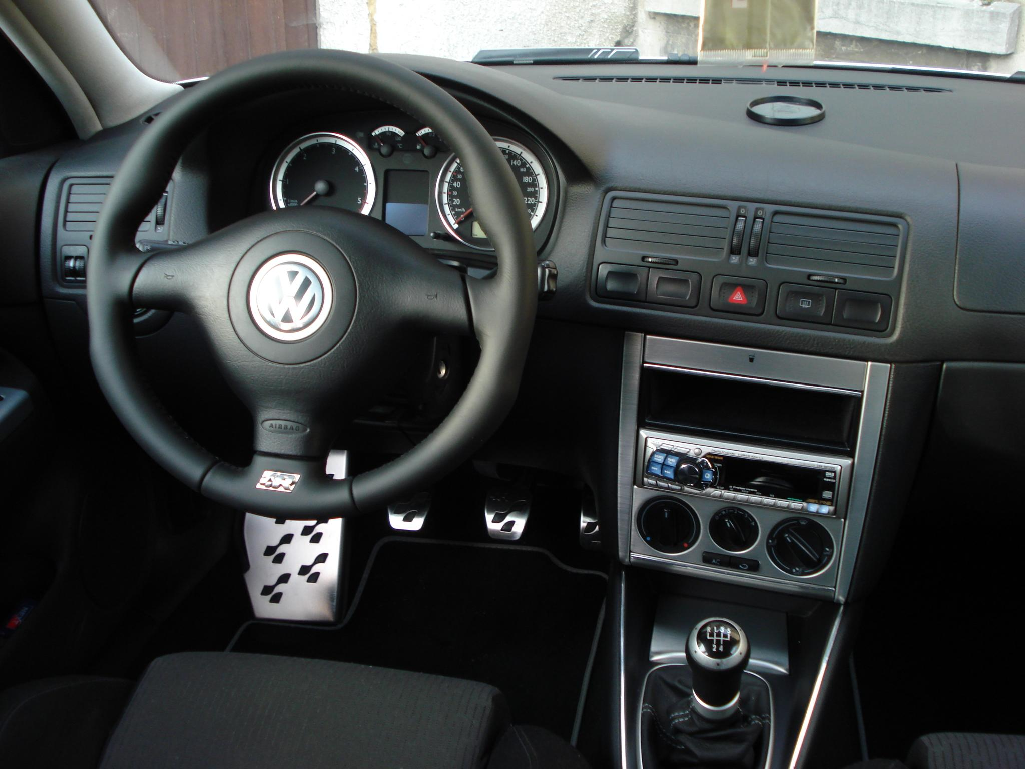 Golf 4 interieur annonce golf 4 interieur beige an 2002 for Lederen interieur golf 4