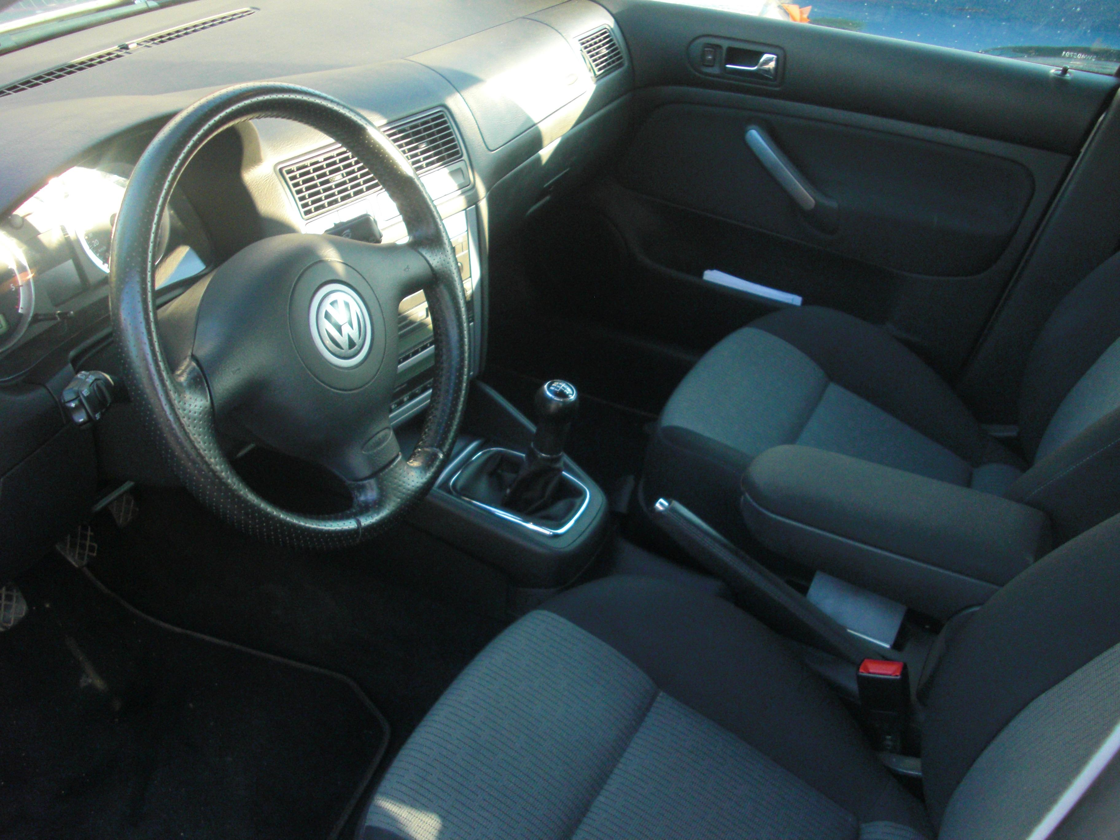 golf iv tdi 100 match ii xenon r32 oem photos bientot garage des golf iv tdi 100 forum. Black Bedroom Furniture Sets. Home Design Ideas