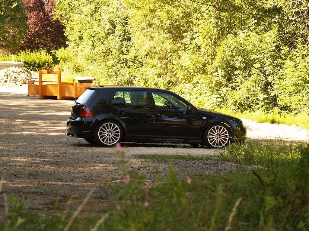 Golf 4 r32 turbo stage 4 garage des golf iv 2 0 2 3 for Garage volkswagen paris 17