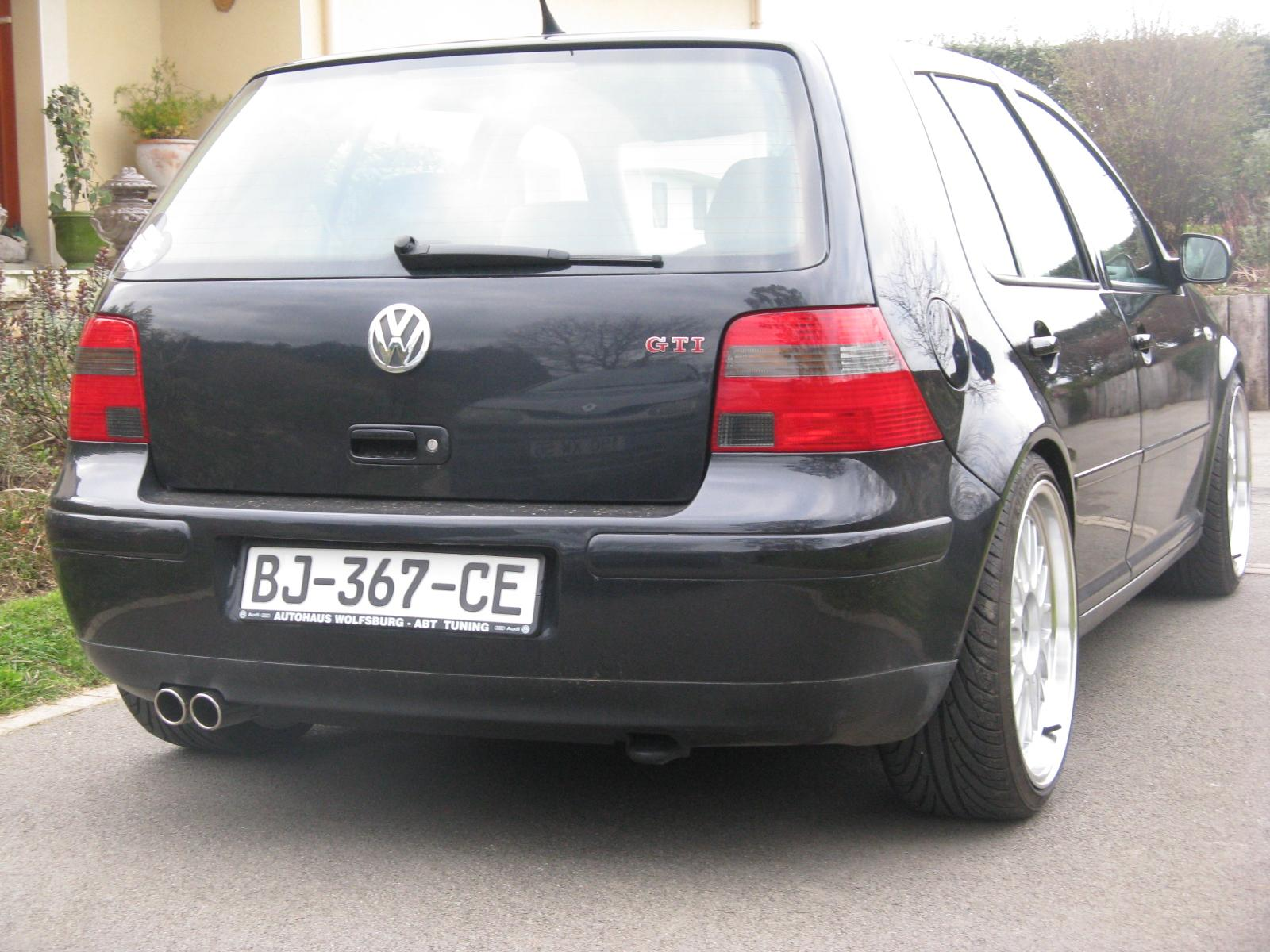 golf iv v5 gti carat photos garage des golf iv 2 0 2 3 v5 v6 r32 page 3 forum. Black Bedroom Furniture Sets. Home Design Ideas