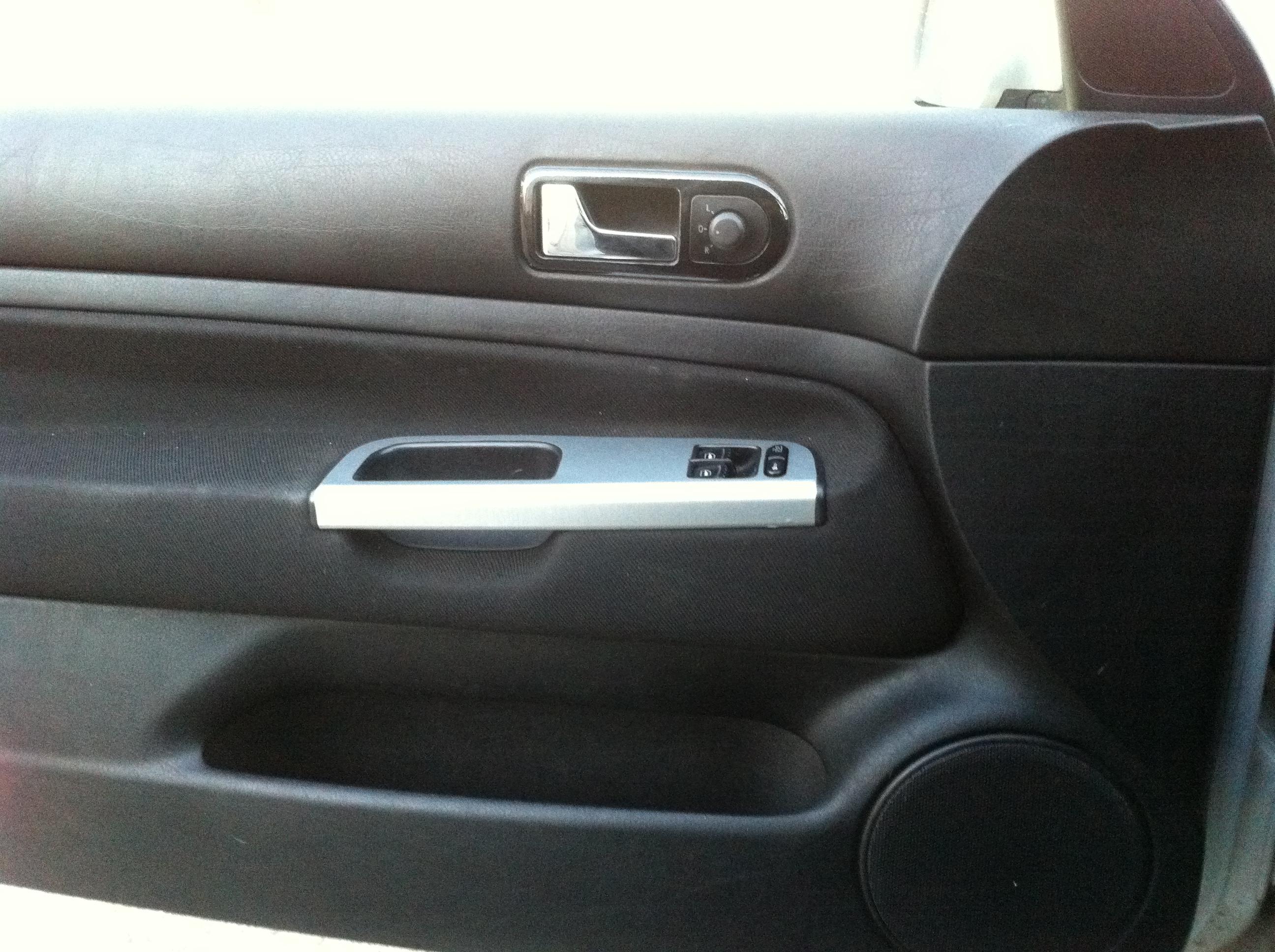 Golf 4 tdi 90 agr mfd monter cd dx 2011 2012 recu for Pieces interieur golf 4