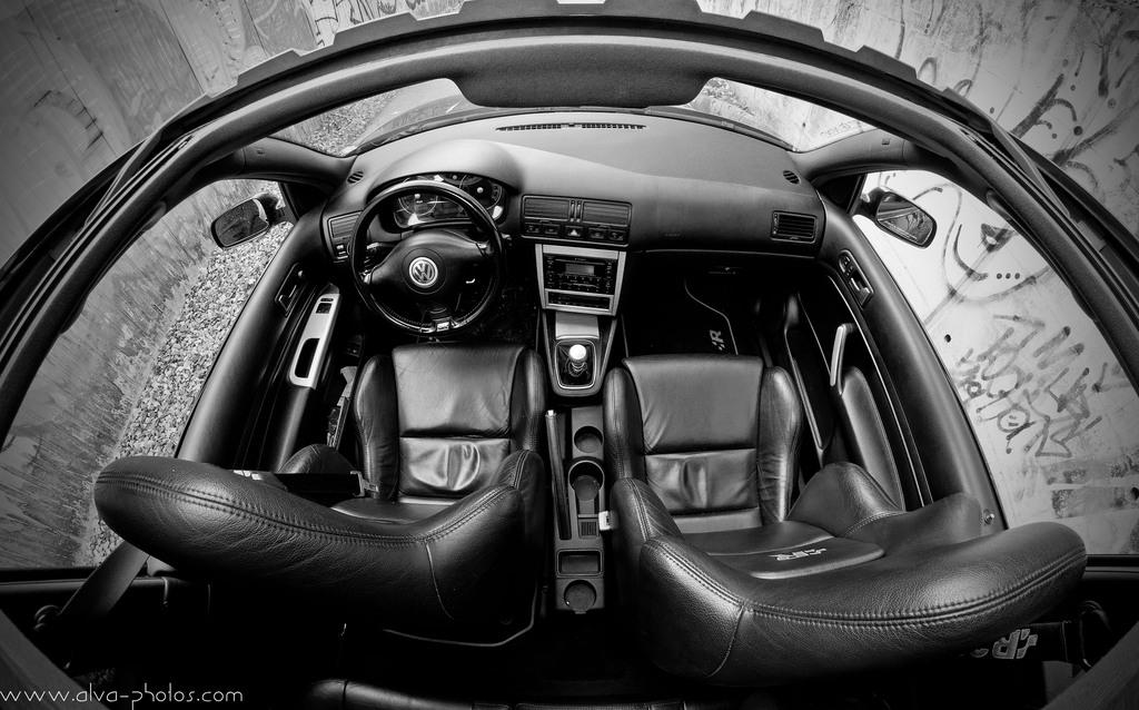 Interieur golf 4 r32 28 images der bij auto s for Interieur golf 4