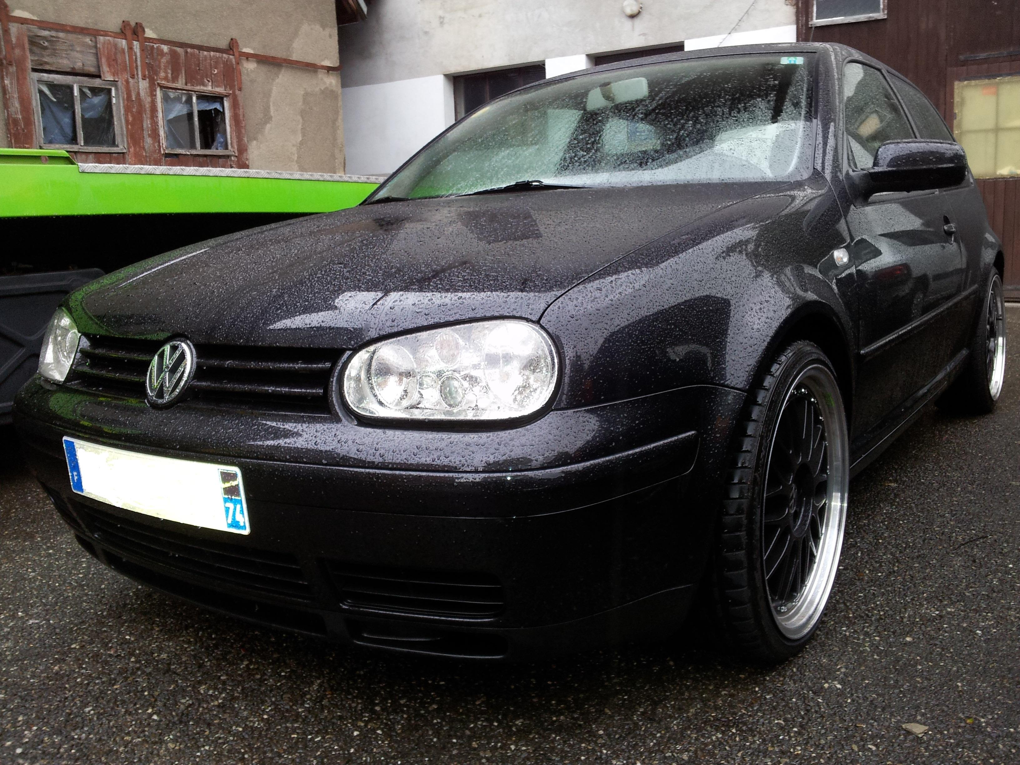 vw golf iv v6 4motions 2001 german look garage des. Black Bedroom Furniture Sets. Home Design Ideas