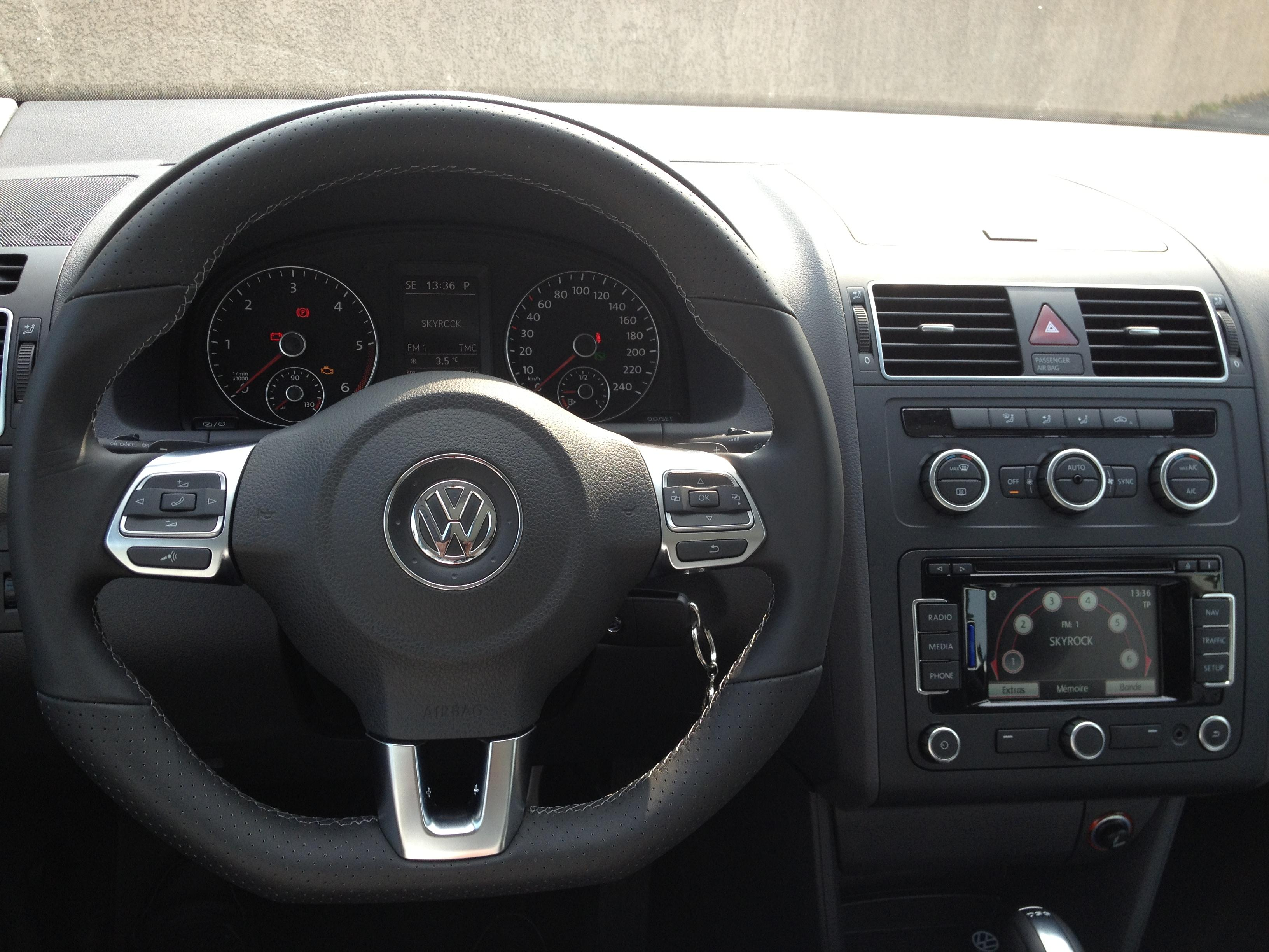 vw touran 2012 match tdi 105 dsg7 touran vendu autres v a g page 3 forum. Black Bedroom Furniture Sets. Home Design Ideas