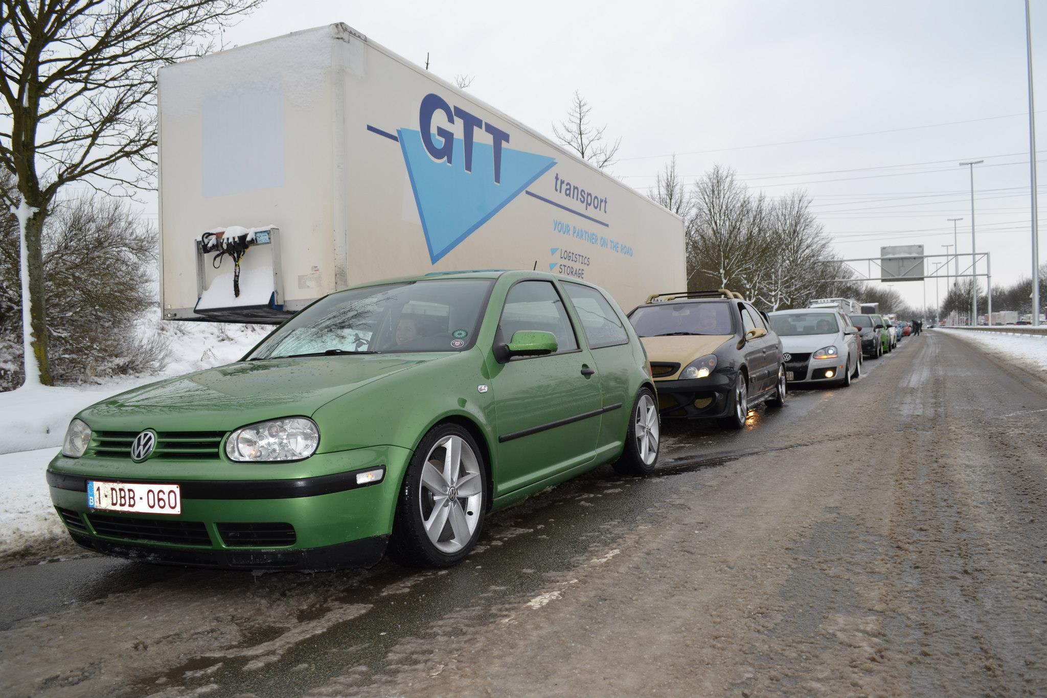 Golf iv 90 basis cosmic 98 be sinistr garage for Trouver un garage volkswagen