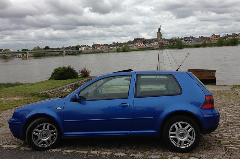 Vw golf iv g n ration tdi115 155ch deep blue for Garage rose volkswagen fontainebleau samoreau