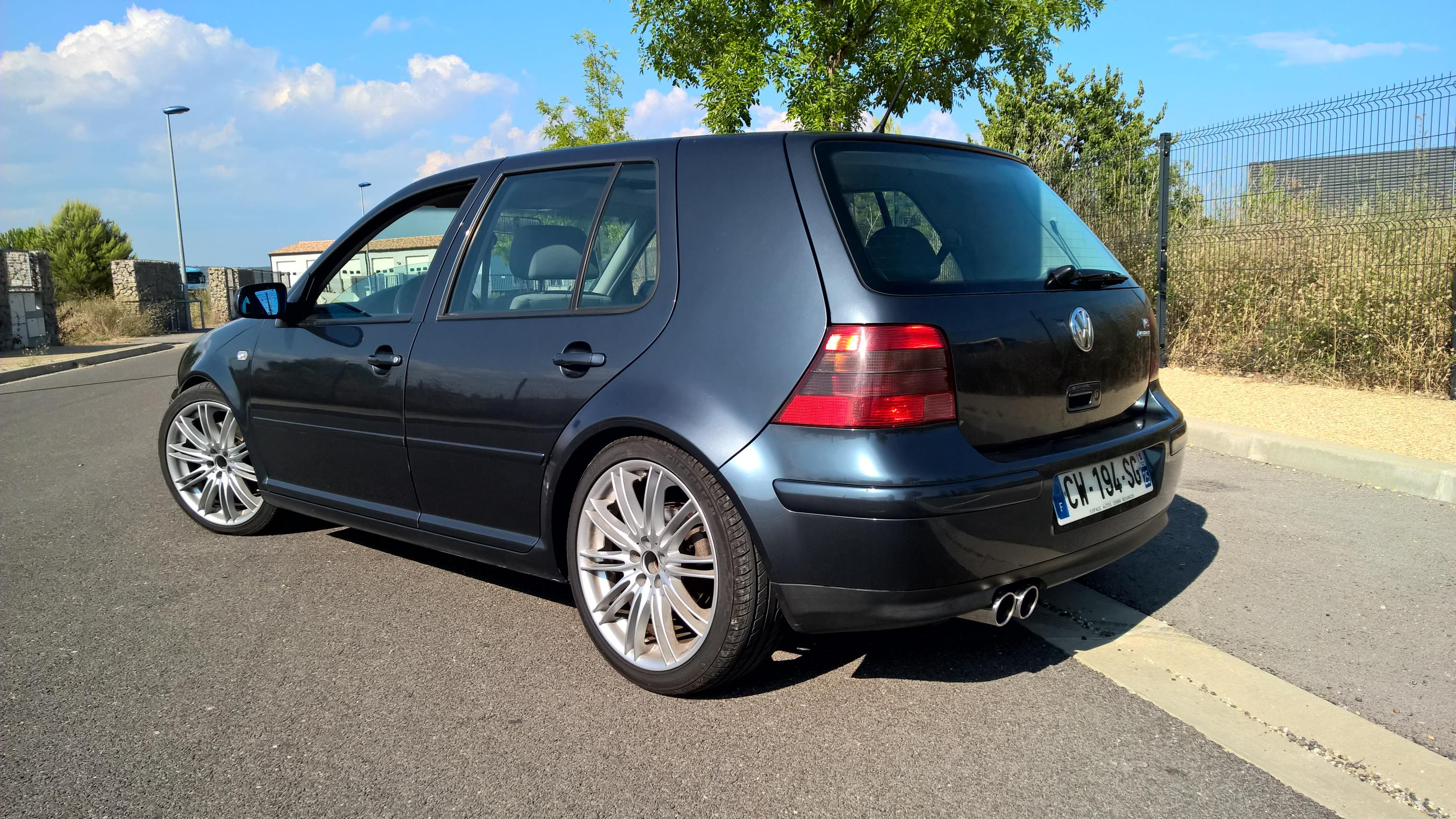 vw golf iv golf iv v6 de 2002 garage des golf iv 2 0 2 3 v5 v6 r32 forum. Black Bedroom Furniture Sets. Home Design Ideas