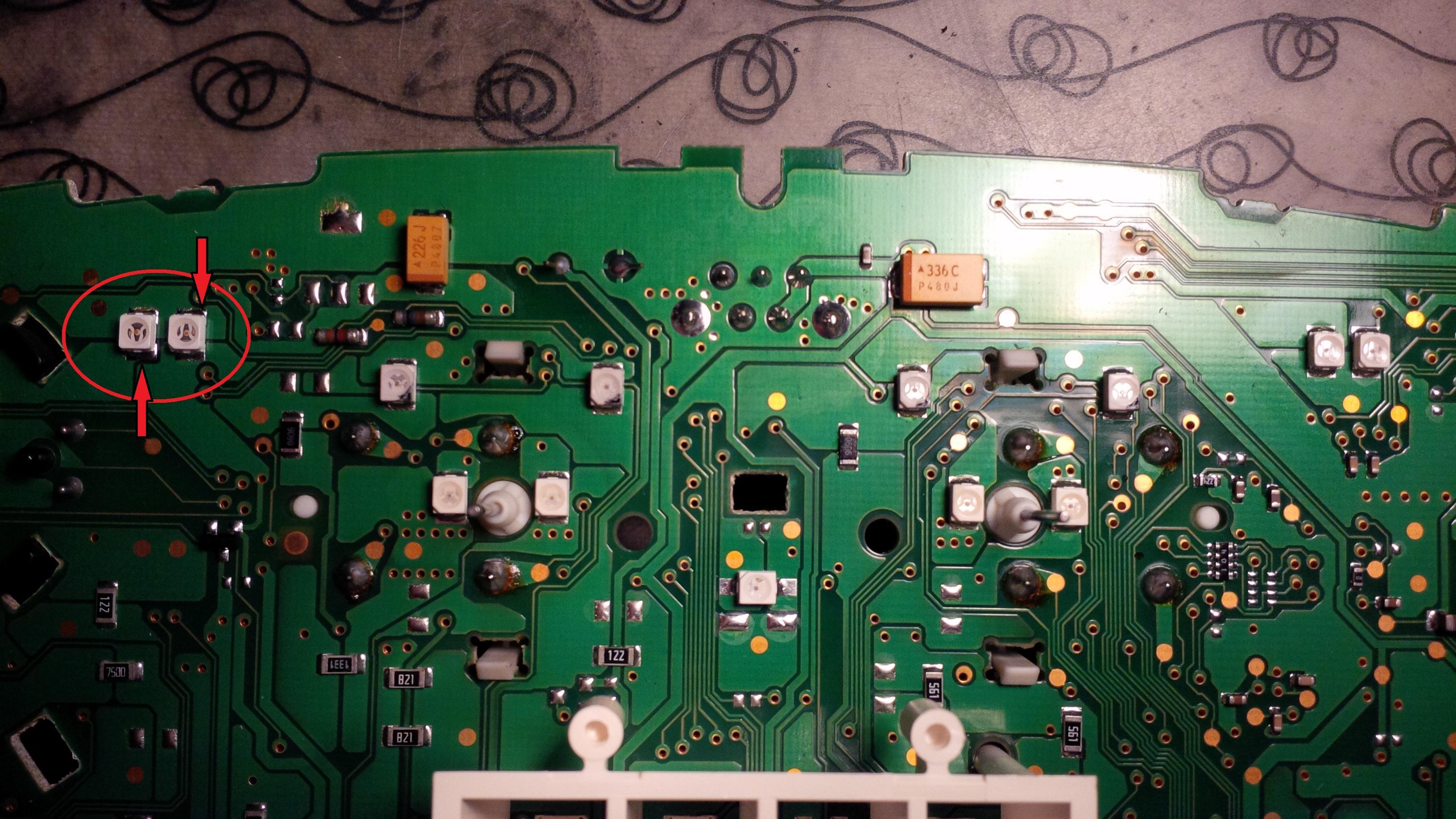 voyant clignotant gauche tableau de bord ne fonctionne pas probl mes electriques ou. Black Bedroom Furniture Sets. Home Design Ideas