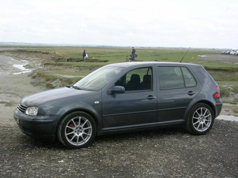 Golf iv gti 1 8t de bao garage des golf iv 1 8 1 8 20v for Golf interieur montreal