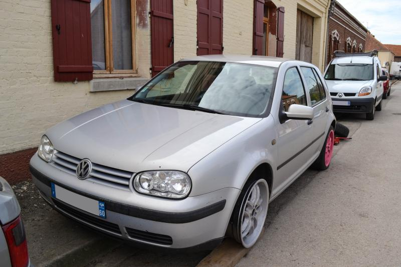 Golf 4 tdi 90 ma 1er vw garage des golf iv tdi 90 for Garage volkswagen saint denis