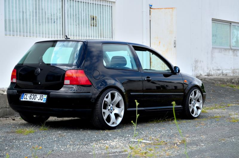 Vw golf iv basic vendu garage des golf iv 1 4 for Garage volkswagen herault